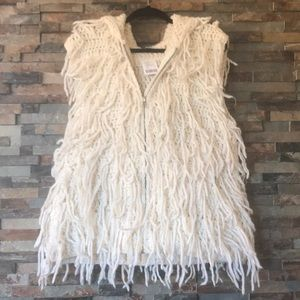 NWT Ecote Shaggy vest with good! 💛🌻